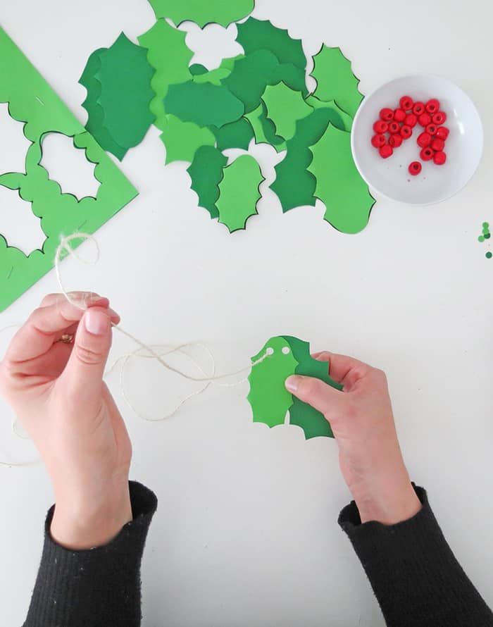 Diy holly christmas garland