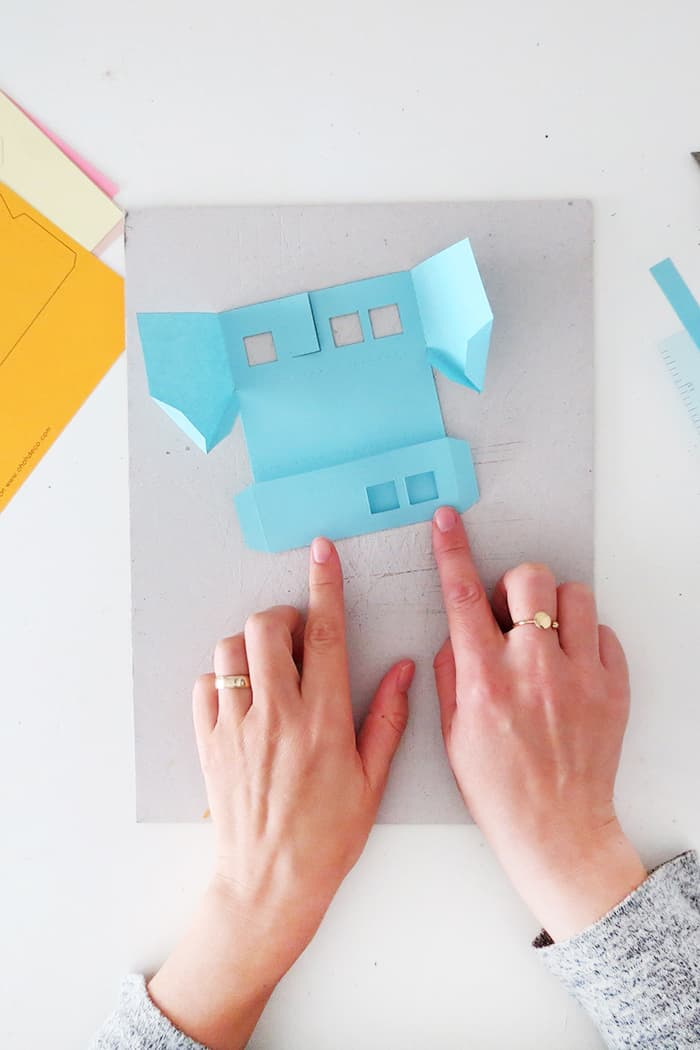 how to fold a house with paper