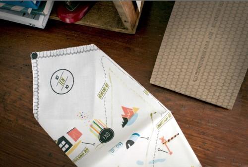 Modern-Handkerchief-Map-Wedding-Invitation