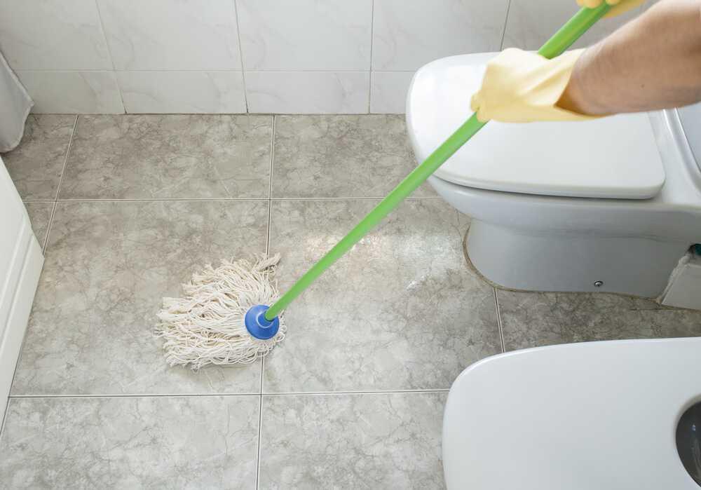 how to clean bathroom floors easiest