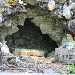 Christ's burial tomb, Ave Maria Grotto