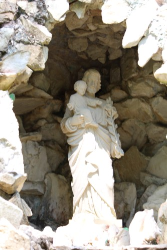 Close-up of an alcove in the Holy Land section, Ave Maria Grotto