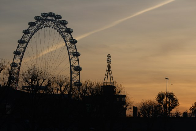 London Eye at sunset -- great time of day to catch this shot!