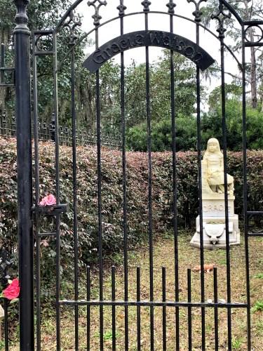 Gracie's gravesite - Bonaventure Cemetery, Savannah