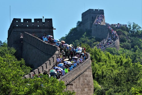 Crowds visit The Great Wall of China