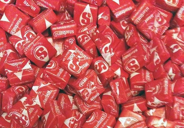1 Pound of Cherry Starbursts