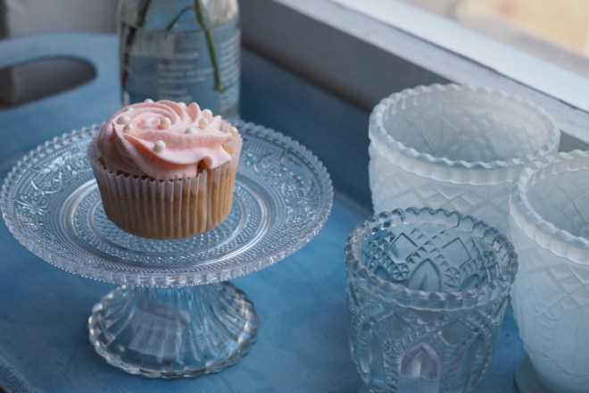 Champagner-Cupcakes-Backrezept-mit-rosa-Frosting-ohwiewundervoll.com-9