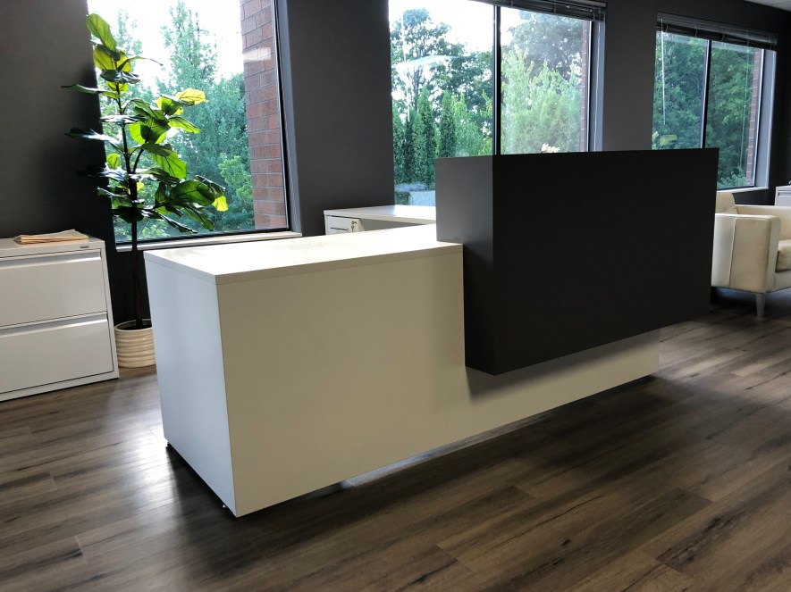 BB Management Desk