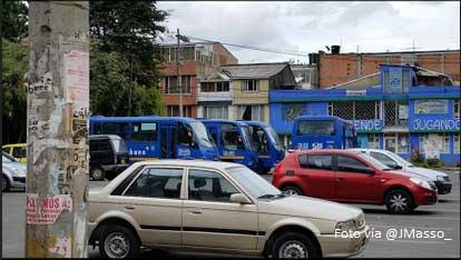 Buses del SITP parqueados en las calles