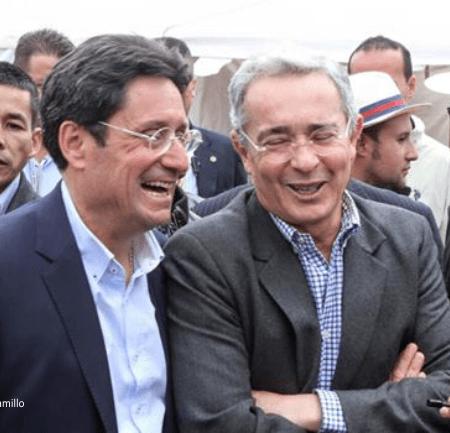 Alvaro Uribe y Pacho Santos