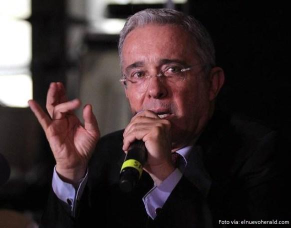 Álvaro Uribe2