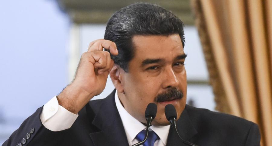Embargan activos de aliados de Maduro