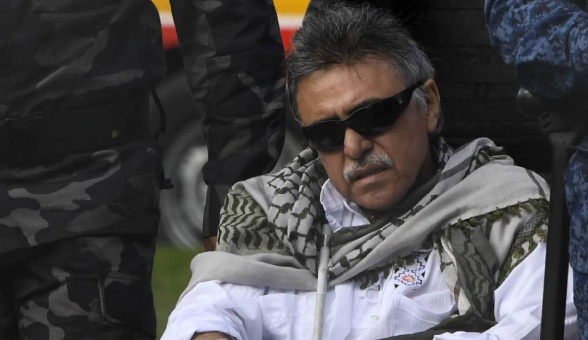 Juez regaña a narcoguerrillero 'Santrich'