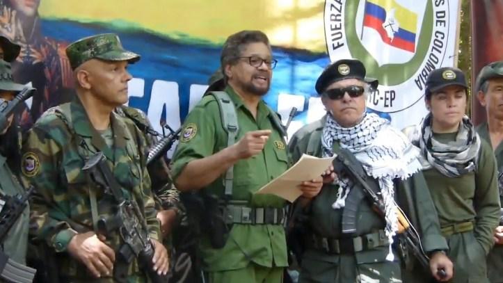 FARC-anuncia-que-retoma-la-lucha-armada-1920-2