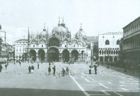 St Mark's Square, 1902