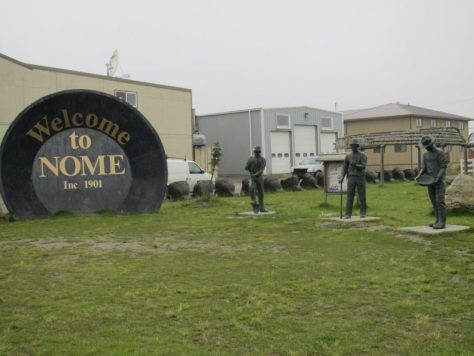 Gold Rush memorial, Anvil City Square, Nome