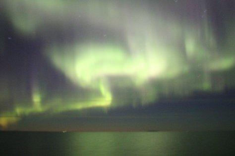 Aurora over Kolyuchin Inlet (3)