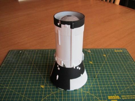 Revell 1/96 Saturn V - S-IVB and aft interstage