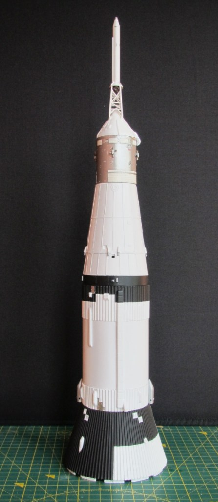Revell 1/96 Saturn V - Apollo stack, S-IVB and aft interstage