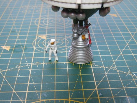 Revell 1/96 Saturn V, S-IVB stage astronaut comparison