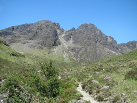 Blabheinn from the Allt na Dunaiche path