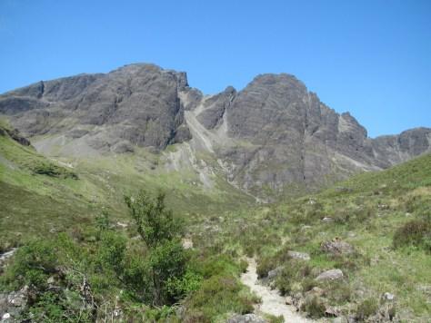 Blabheinn from the Allt na Dunaiche path