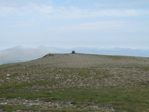 The lying cairn on Moruisg