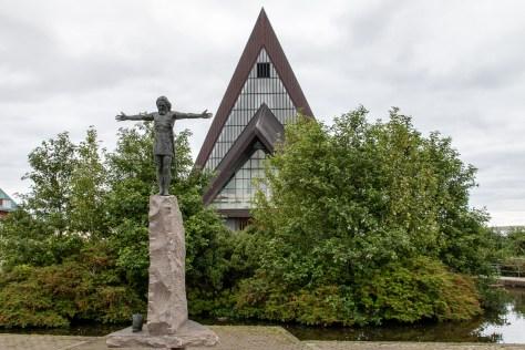 Sigmundur Brestisson statue, Vesturkirkjan, Tórshavn