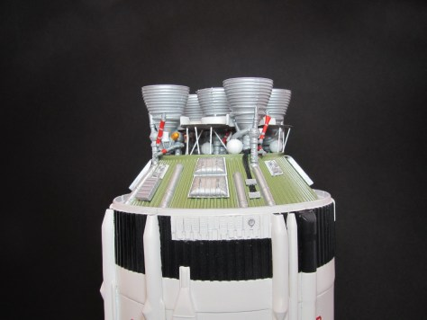 Revell 1/96 Saturn V S-II aft assembly 1