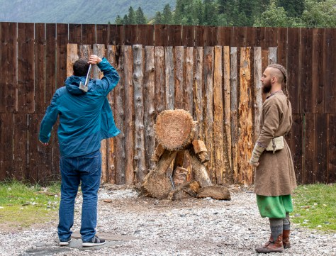 Axe-throwing tutorial, Gudvangen