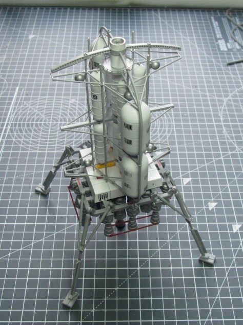 Pegasus 1/350 Von Braun Moon Lander modified support structures