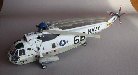 Hasegawa 1/48 SH-3H Sea King rotor test port