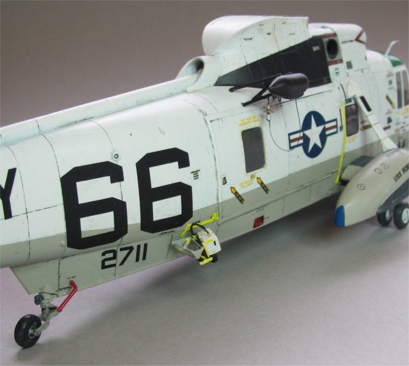 Hasegawa 1/48 SH-3H Sea King camera & winch 2