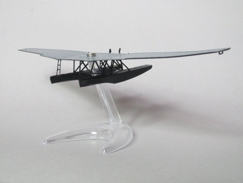 Revell 1/72 Junkers F13 test fitting to stand 1