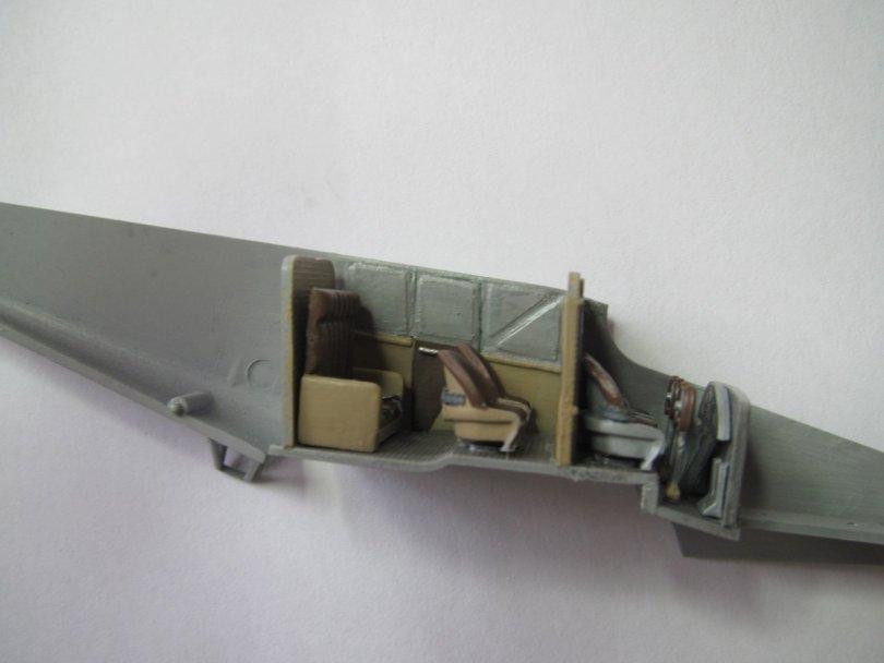 Revell 1/72 Junkers F13 D 260 interior 4