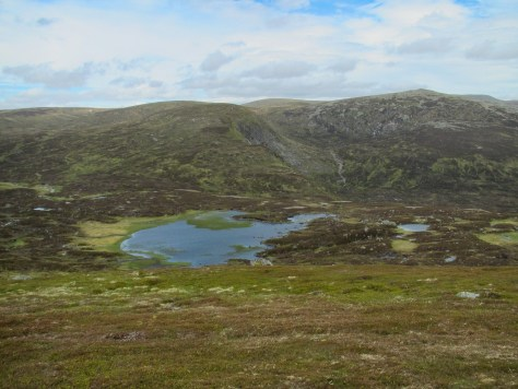 Loch Esk, Craig of Gowal and Broad Cairn