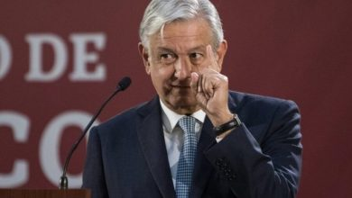 Photo of AMLO revisará subsidios a energía eólica y solar