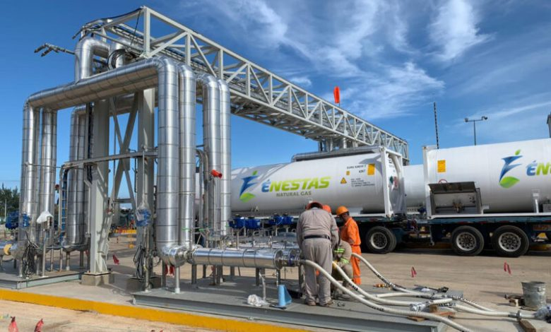 Énestas construye la primera terminal portuaria dual de GNL y etano líquido en México