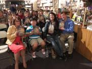 Warwicks Crowd w books