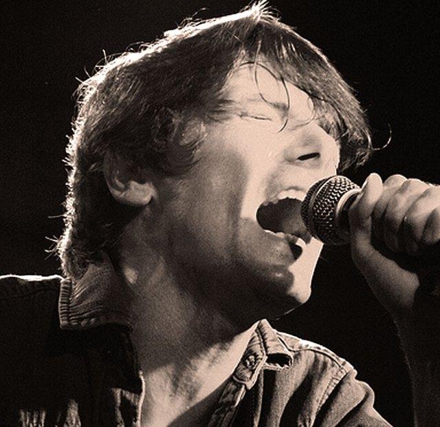 John Franks of Smile - the Surfer/Singer-Songwriter element of the band.