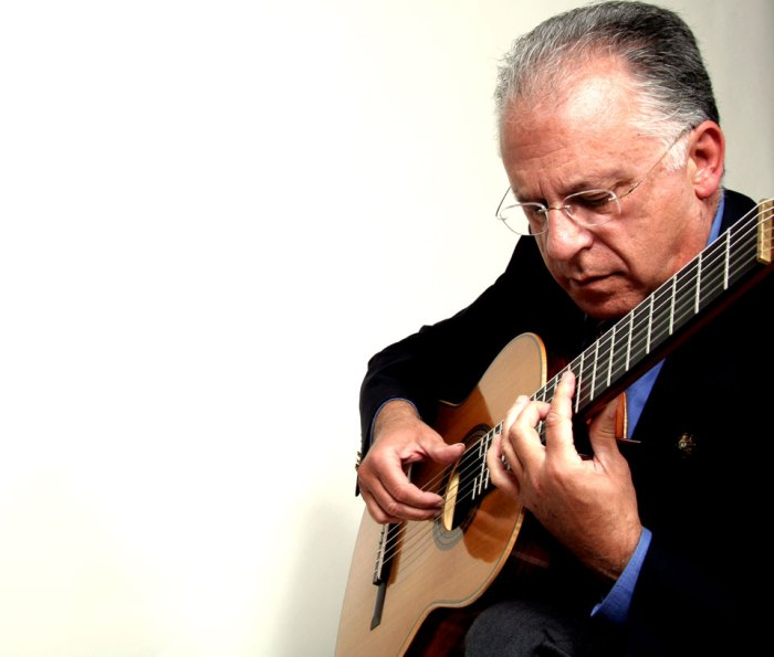 The inimitable Pepe Romero playing a signature piece this week.