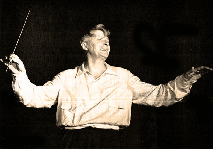 Charles Munch leading the French National Orchestra in a world Premier from 1951