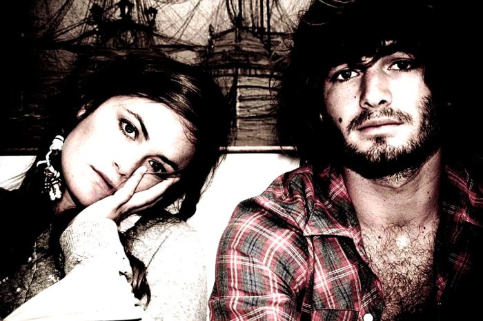 Angus & Julia Stone - carrying on the family tradition.