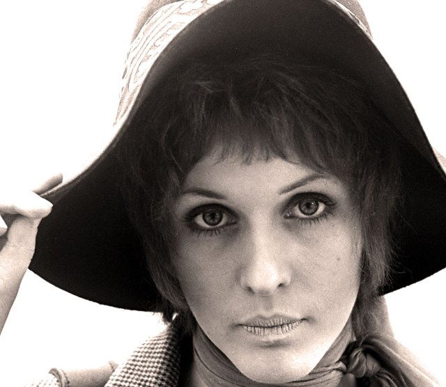 Julie Driscoll - the essence of Beauty and the Beat.