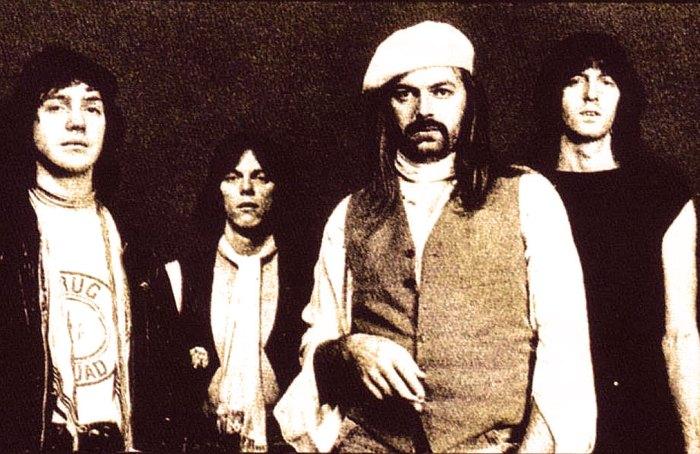 Tyla Gang - Quintessential Pub-Rock.