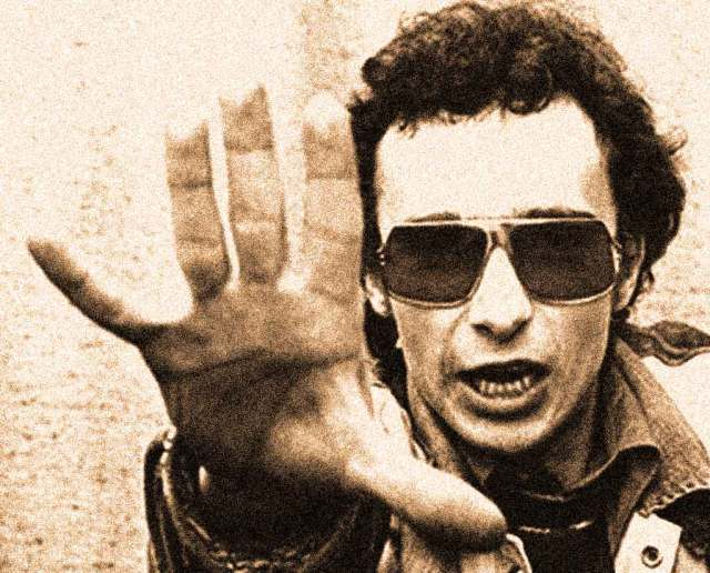 Graham Parker - a blue-collar image that proved influential.