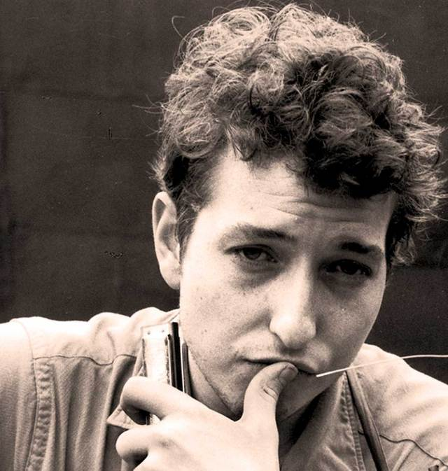 Bob Dylan -  A laid-back broadcast on a snowy New York night.