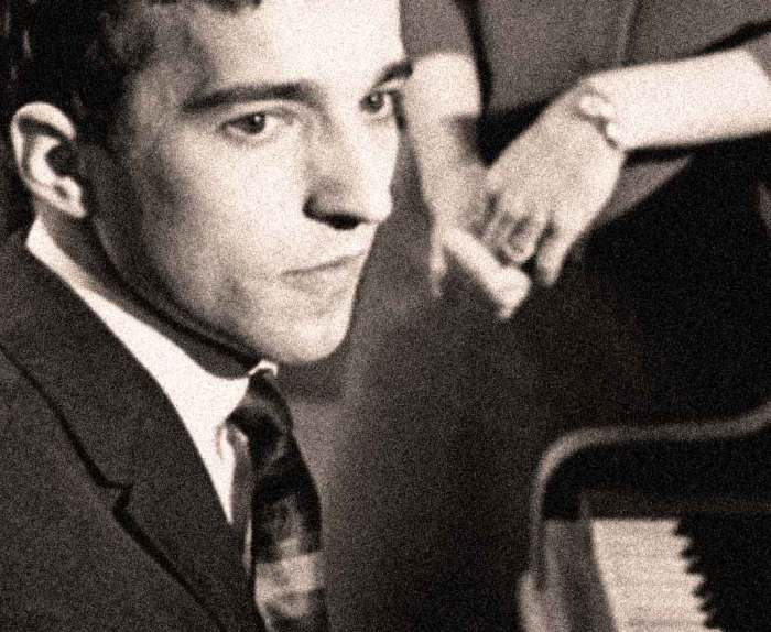 Vladimir Ashkenazy - One of the truly bright and glittering pianistic lights in the 1960s.