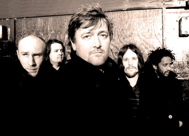 Elbow - in the category of 'must-see' bands the past few years.