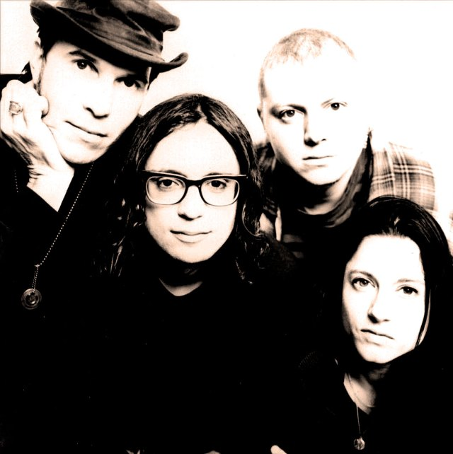 Madder Rose - In 1993, proclaimed by the British press as the Second coming of The Velvet Underground.